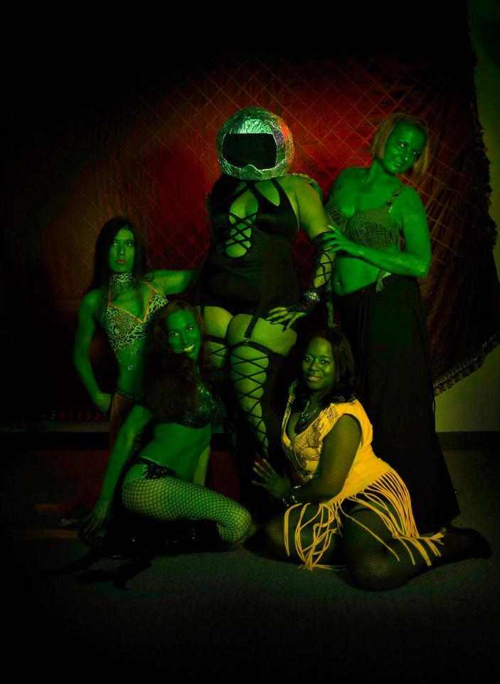 Sisters of Seduction Space Shoot